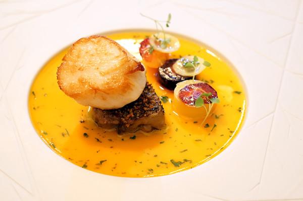 Fine Dining Restaurant Sorrel, Boon Tat Street - Hand-dived Scallop