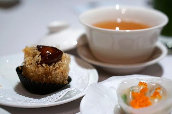 Finest Hong Kong Dim Sum at Wan Hao, Singapore Marriott Hotel - Abalone & Taro Puff