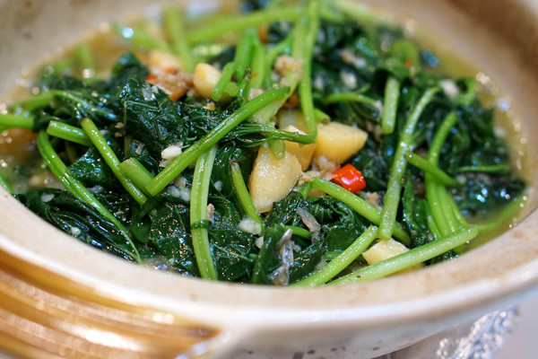 Diamond Kitchen at Science Park - Stir Fried Sweet Potato Leaf with Salted Fish