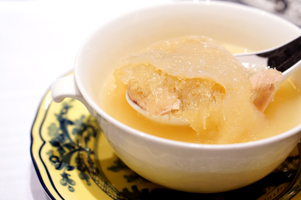 The Ritz-Carlton, Millenia Singapore Unveils a New Summer Pavilion - Double-boiled Bird's Nest, Sea Cucumber, Superior Chicken Stock 2