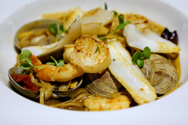 European restaurant Ash & Elm - InterContinental Singapore - Seafood Linguini