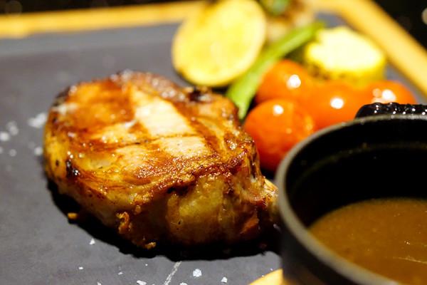 European restaurant Ash & Elm - InterContinental Singapore - Slow-Grilled Spanish Iberico Pork Chop