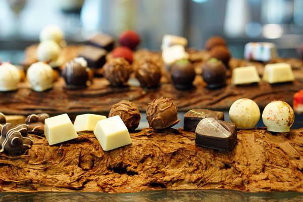 Kwee Zeen Magnifique Sunday Champagne Brunch - Sofitel Singapore Sentosa Resort & Spa - Chocolate Display