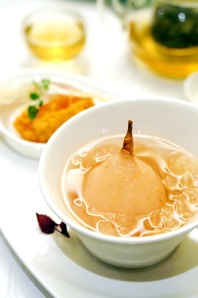Xin Cuisine Chinese Restaurant, Holiday Inn Singapore Atrium - Chinese New Year 2016 - Double-boiled Snow Pear with Osmanthus and Nian Gao