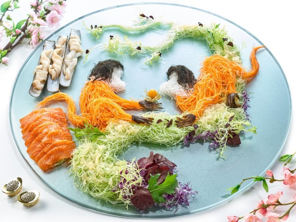 Xin Cuisine Chinese Restaurant, Holiday Inn Singapore Atrium - Chinese New Year 2016 - Xin's Gold Leaf Bamboo Clam & Salmon Yusheng
