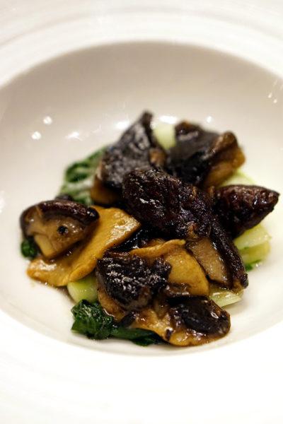 Shisen Hanten by Chen Kentaro, Mandarin Orchard Singapore - Sauteed Seasonal Vegetables with Duo Mushrooms & Truffle Oil