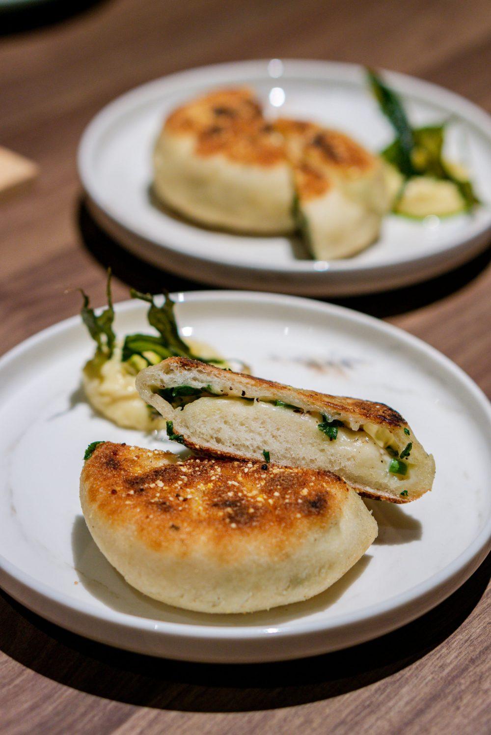 Restaurant-Ibid-Woo-Wai-Leong-Spring-Onion-Shao-Bing-2-2-1000x1496.jpg