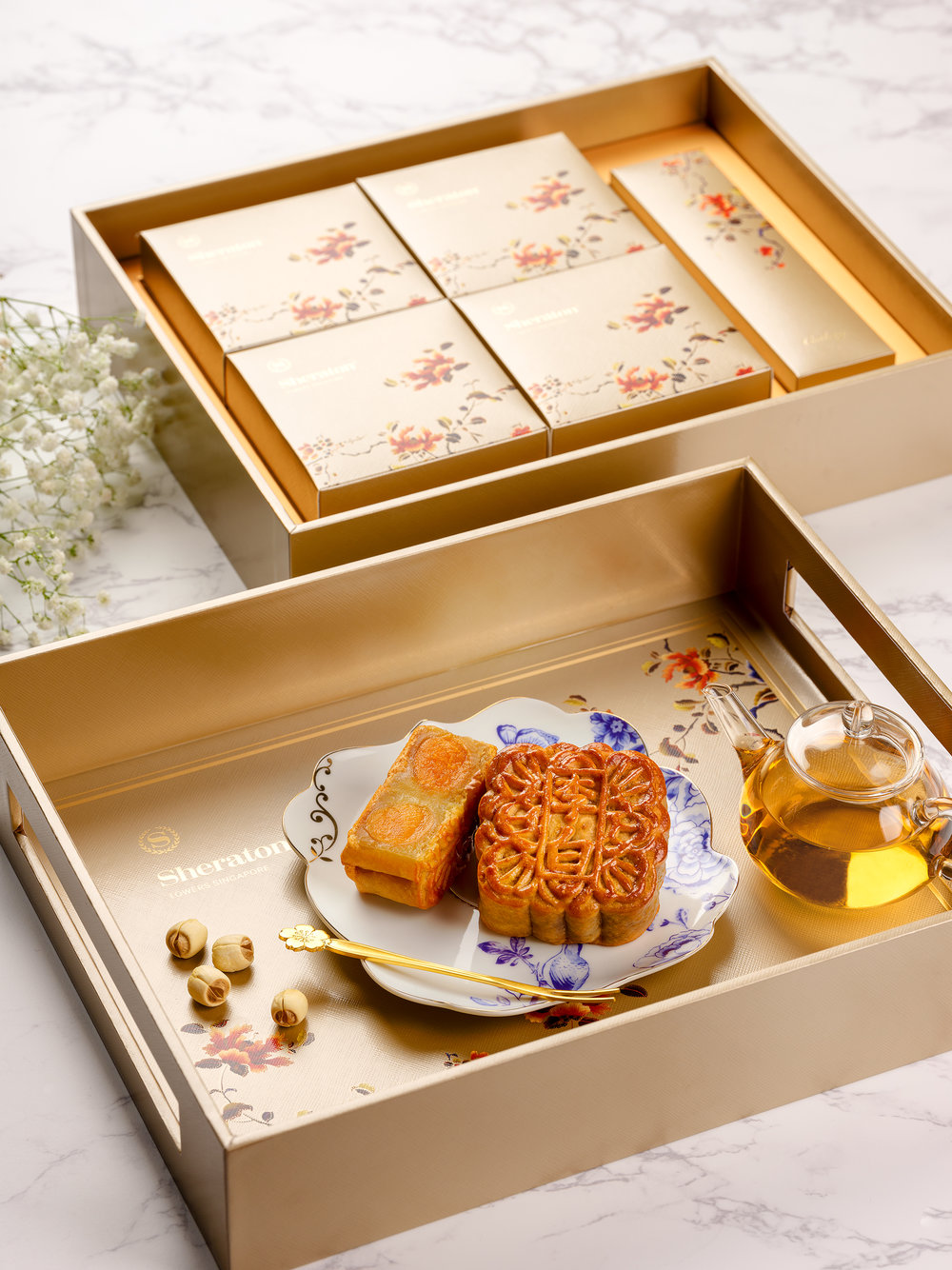 Sheraton Towers Singapore - Premium Box with White Lotus Seed Paste with Double Egg Yolks Mooncake.jpg