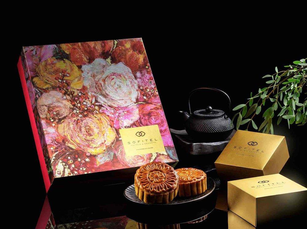 Les-Fleurs-De-Lumiere-Mooncake-Design.jpg