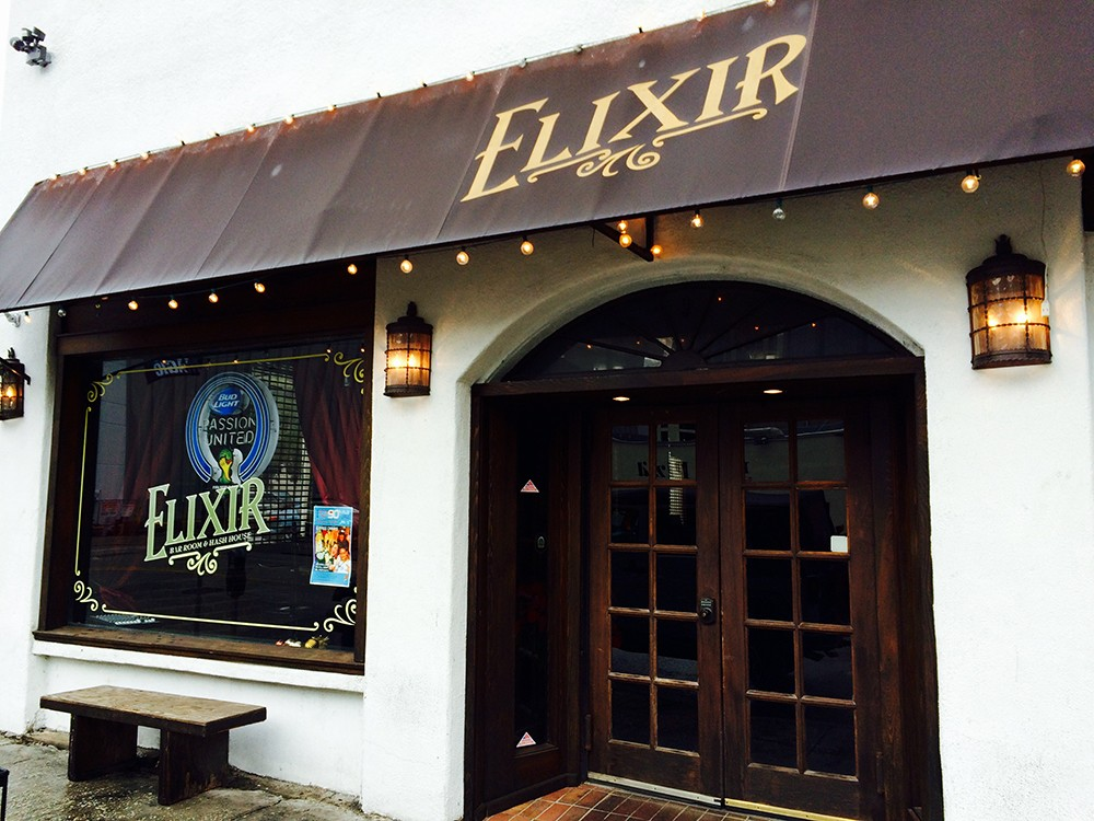 Elixir Orlando - Sleek haunt with a big whiskey & bourbon menu, plus pub grub in ample digs with exposed-brick walls.  Home to one of our Gator