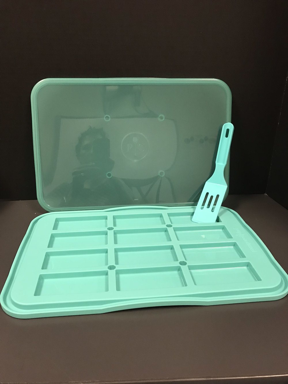 Pampered Chef Snack tray set  - value $25