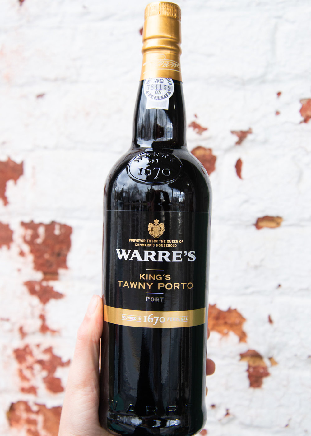 Warre's King's Tawny NV - Retail: $17.95 | Sale $16.15Warres Kings Tawny is aged in oak casks for an average of 3 years, and then bottled when ready to drink. In the glass it greets you with a beautiful amber color and a slightly nutty character on the nose. Flavors of cocoa powder, plum tart, and dark coffee smooth out onto the palate. It drinks pure and fresh with a luscious, long finish.