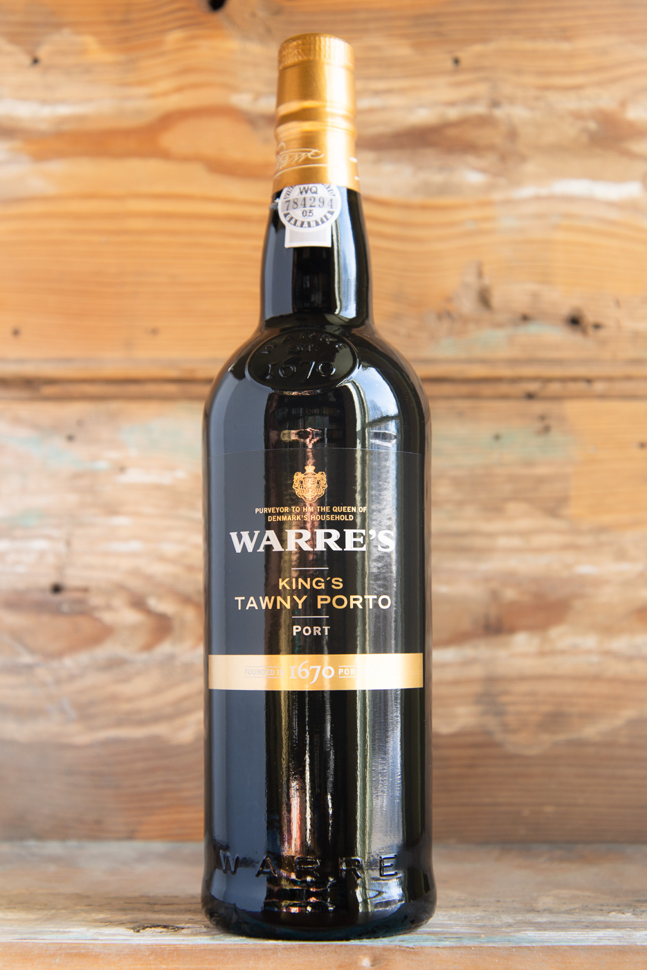 Warre's King's Tawny NV - Retail: $17.95 | Sale: $16.15Warre's Kings Tawny is aged in oak casks for an average of 3 years and then bottled when ready to drink. In the glass it greets you with a beautiful amber color and a slightly nutty character on the nose. Flavors of cocoa powder, plum tart, and dark coffee smooth out onto the palate. It drinks pure and fresh with a luscious, long finish.