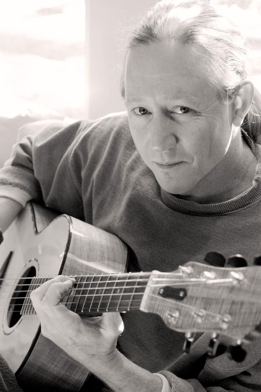 Michael Mandrell, Guitarist