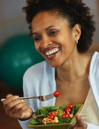 women-laughing-alone-with-salad-71.jpg