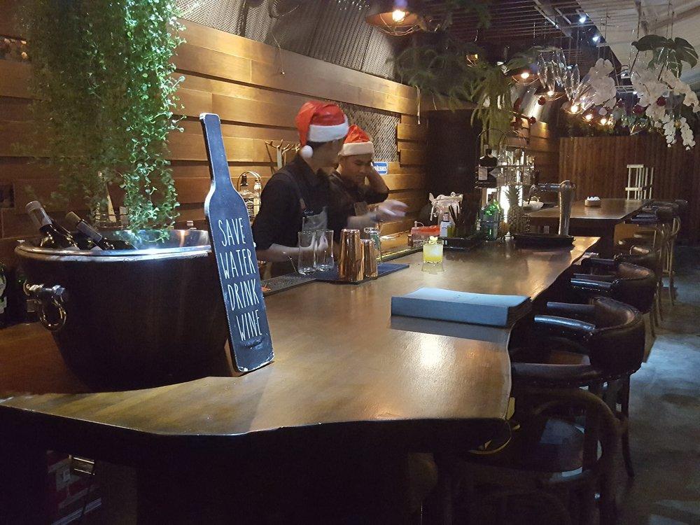 Suay bar area.jpg