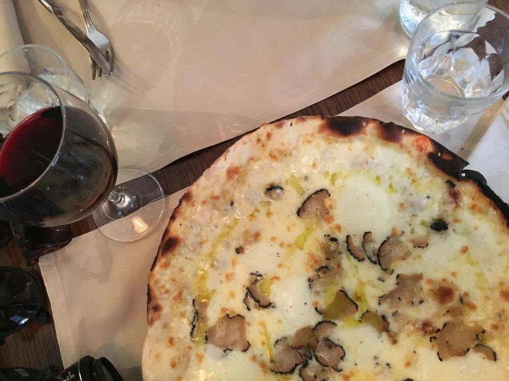 Pizza Biancha at Ristorante Da Francesco