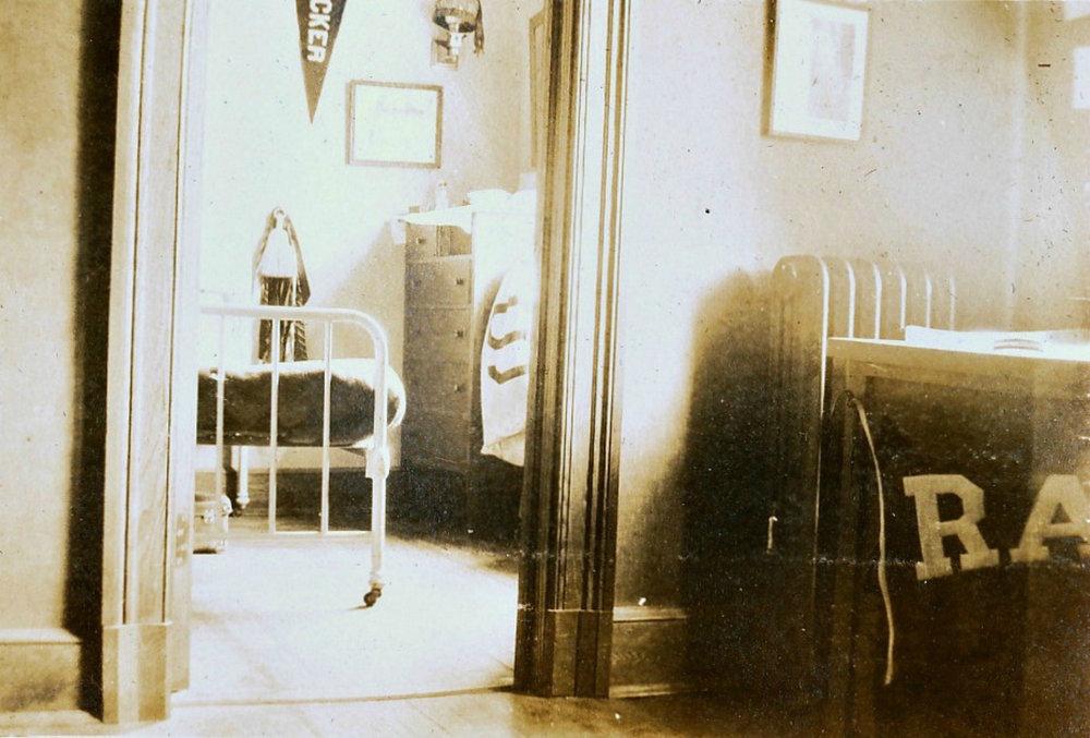 Bedroom | Circa 1915