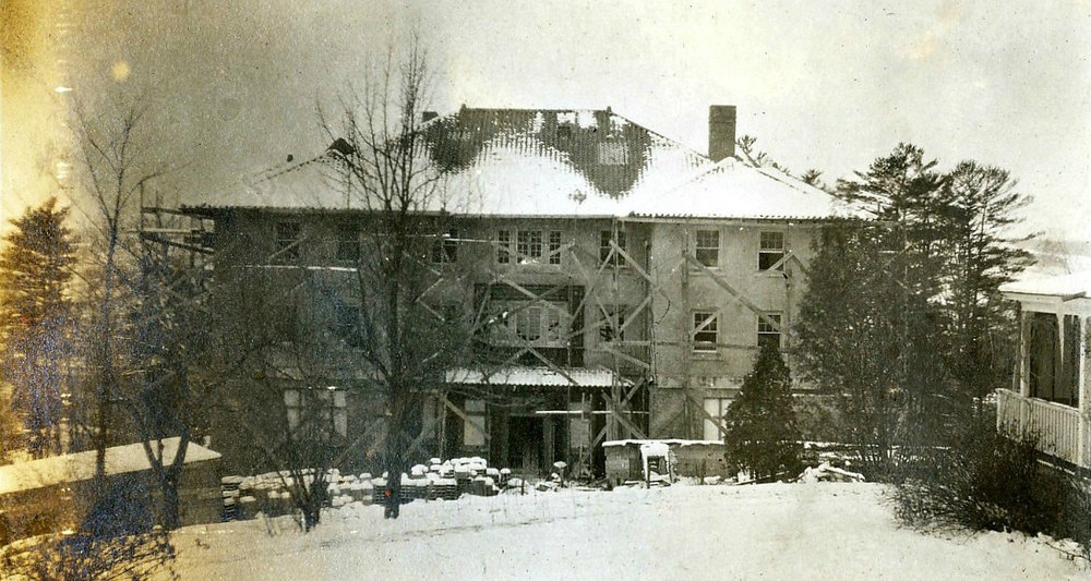 DU Rebuilds | 1910