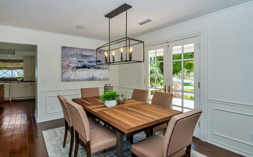 44_Dining-room-staging-company-Staged-to-Sell-Design-Scottsdale-AZ.jpg