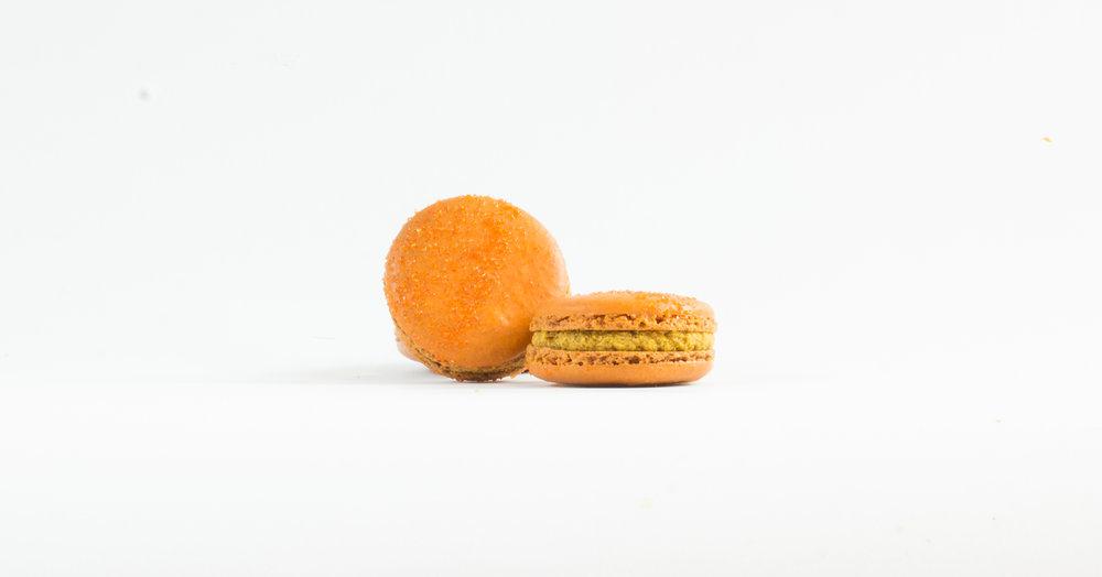 Pumpkin Cinnamon Macaron
