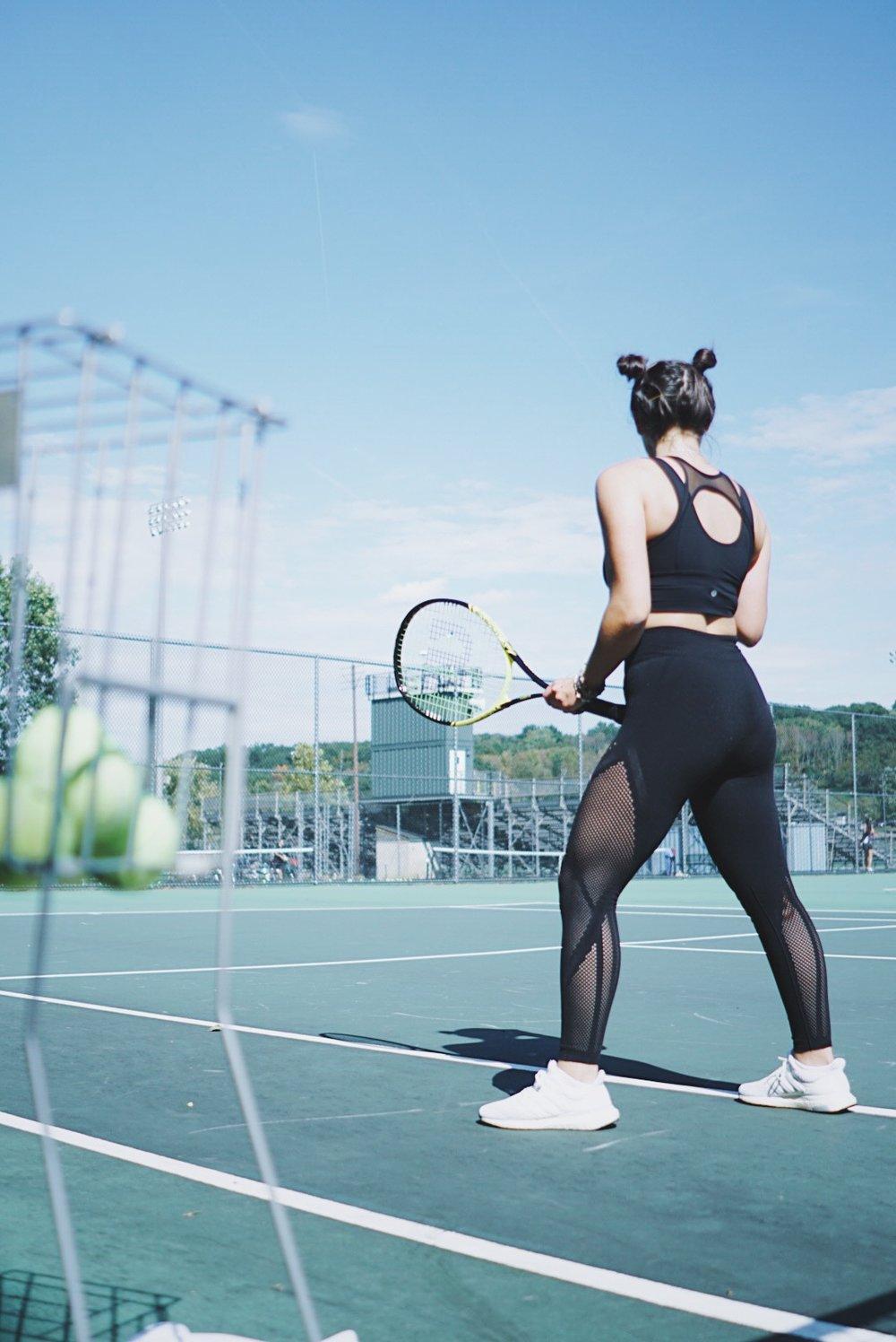 tennis fitness model adidas warpknit ultraboost athleisure