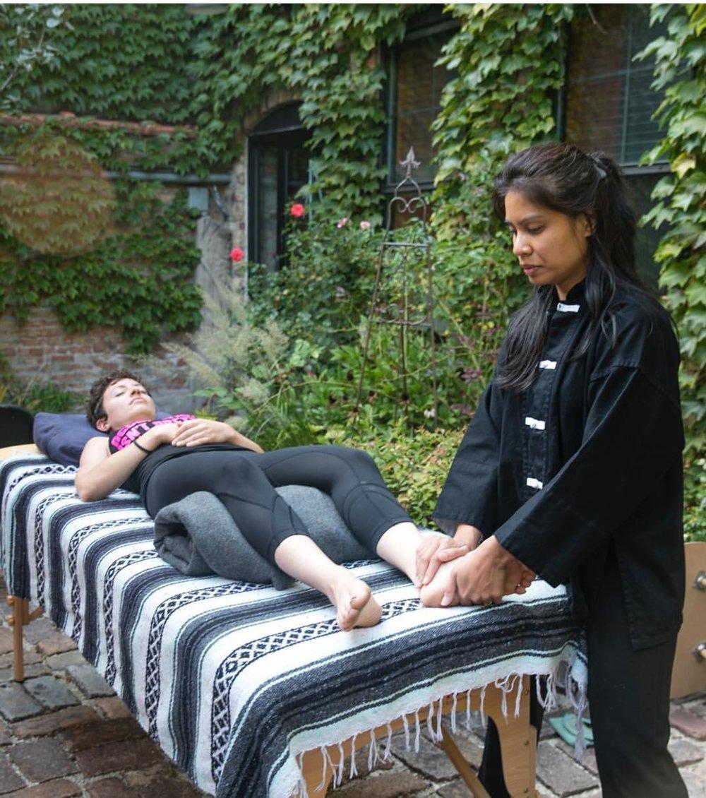 Hands On Energy Healing