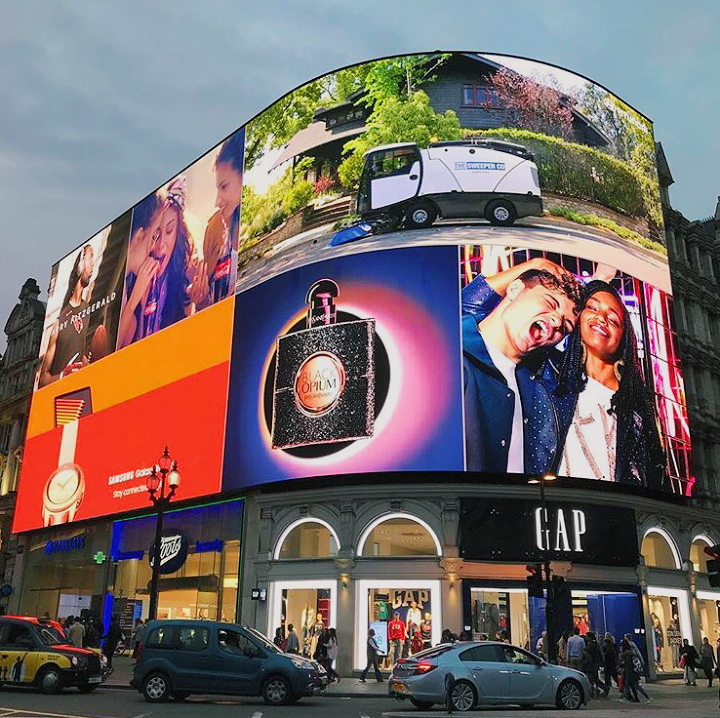 Piccadilly Circus - Night