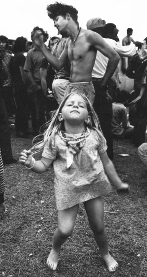 Woodstock-gallery-little-girl-dancing.jpg