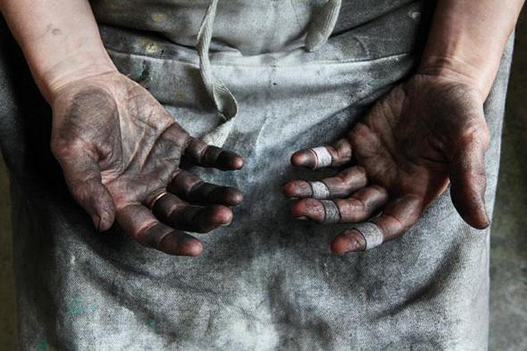 Norman McBeath ,  Audrey's Hands  (detail), 2017, (Scottish NPG, © McBeath & Grant).