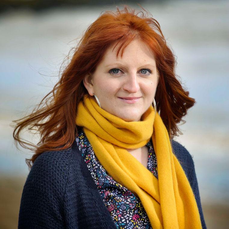 Morna Young  (photo courtesy Scottish Festivals)