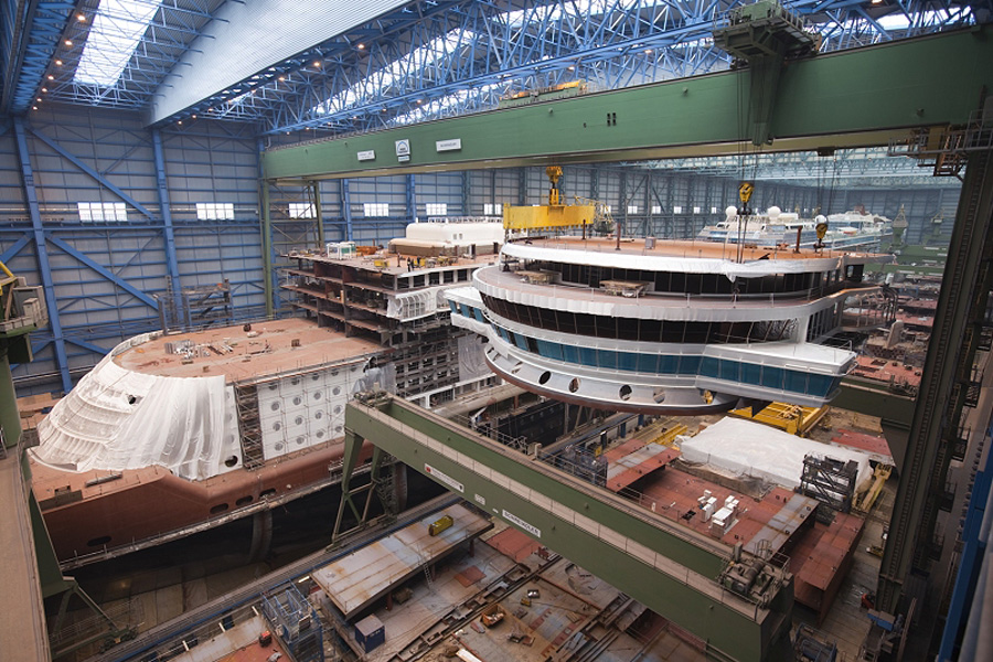 Disney Cruise Line Disney Dream Under Construction