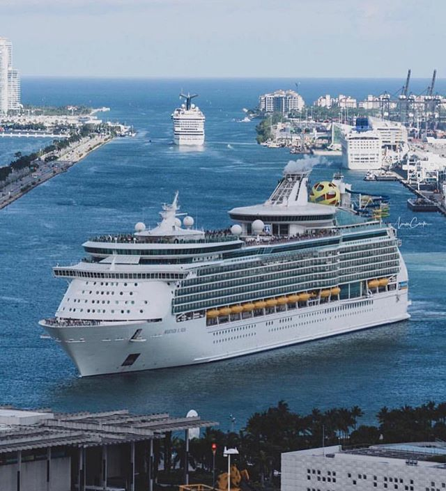 #PortMiami is one of the busiest ports! Who else wishes they were sailing out of here this Friday morning!