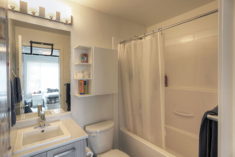 935-academy-way-u-one-ubco-kelowna-investment-property-bathroom.jpg