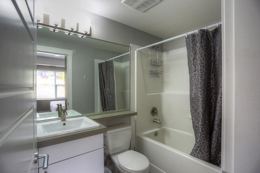 975-academy-way-academy-hill-ubco-kelowna-investment-property-bathroom.jpg