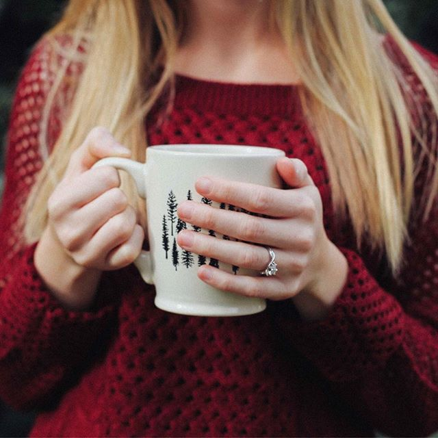 You'll always find me with a mug in hand 🍵 . . . #youandme #tea #tealovers #ilovetea #teaholic #timefortea #teatime #tealife #teaaddict #teaparty #teadrinker #cuppatea #mug