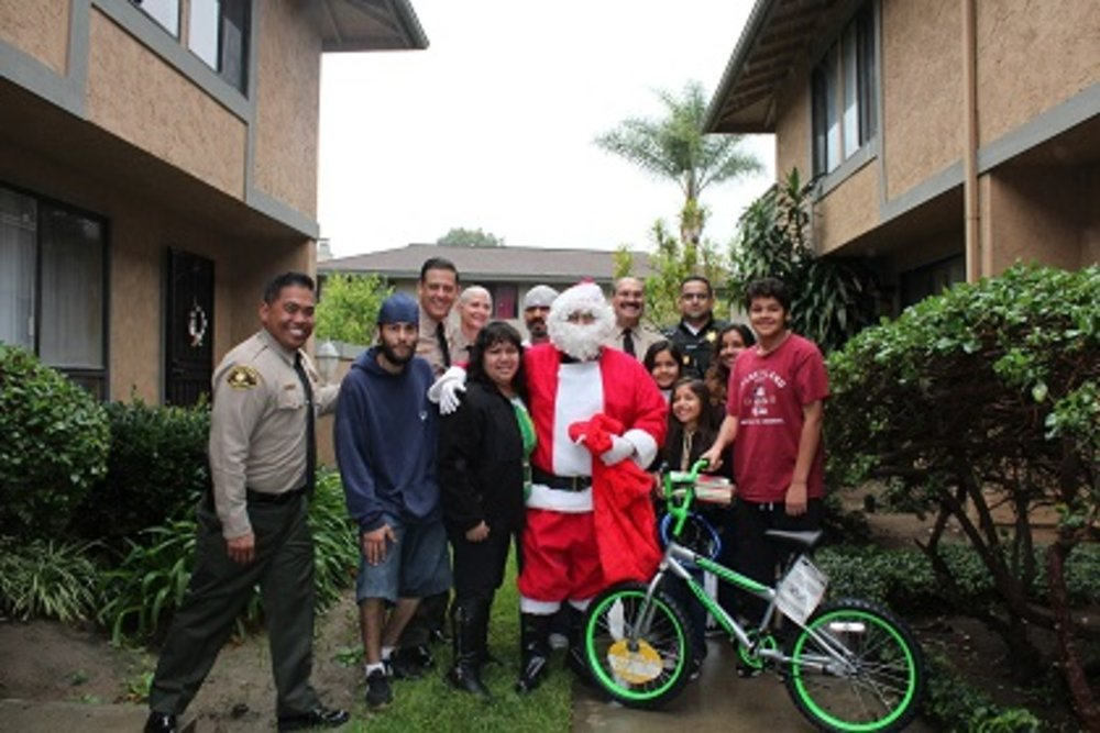 Probation Delivers Holiday Presents