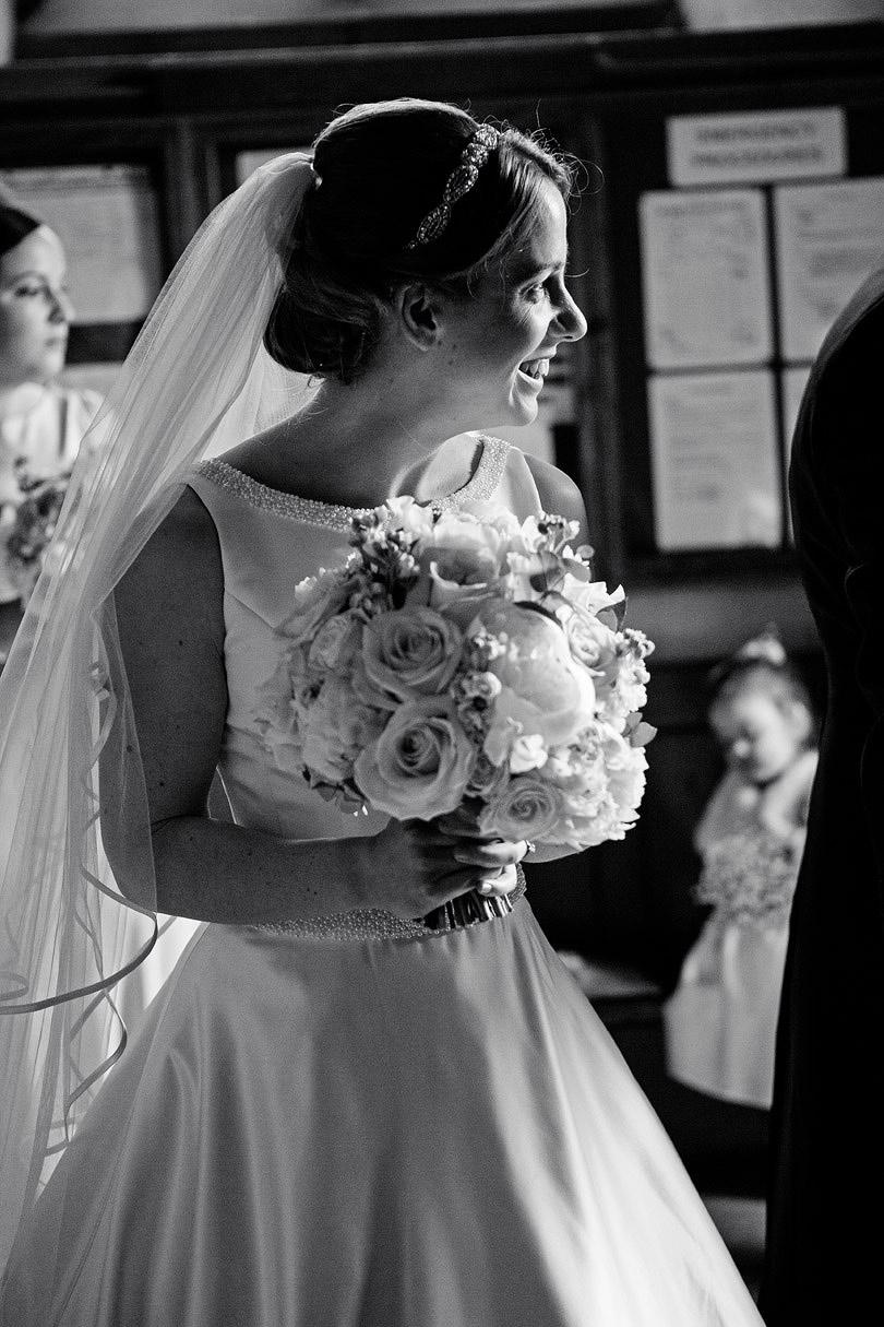Hampton-Court-House-Wedding-AmyPete-13.jpg