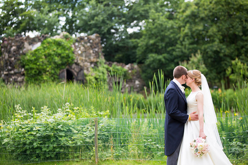 Hampton-Court-House-Wedding-AmyPete-34.jpg