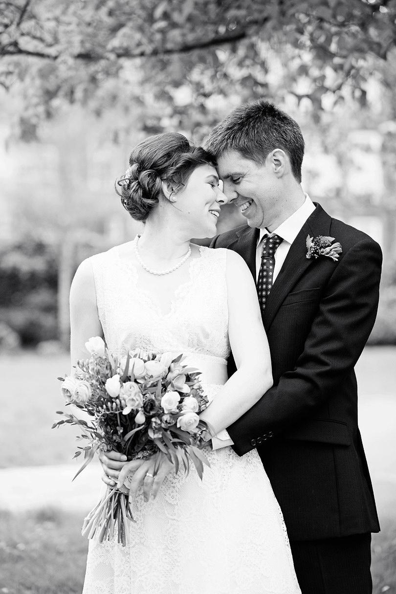 Rachel&Sam-Ealing-Wedding_15.jpg