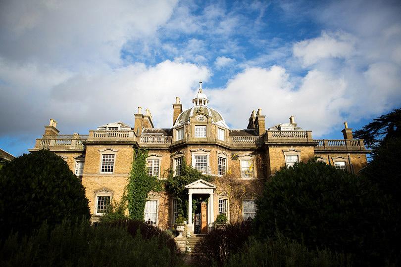 Emma&Rory_Hampton-Court-House_17.jpg