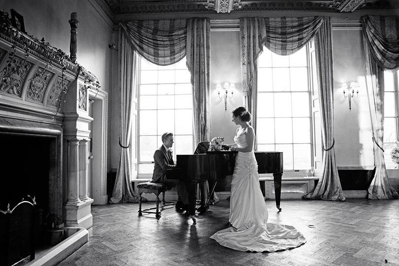 Emma&Rory_Hampton-Court-House_56.jpg