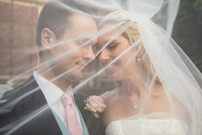 Brompton-Oratory-Lincolns-Inn-Wedding-RachelMax-017.jpg