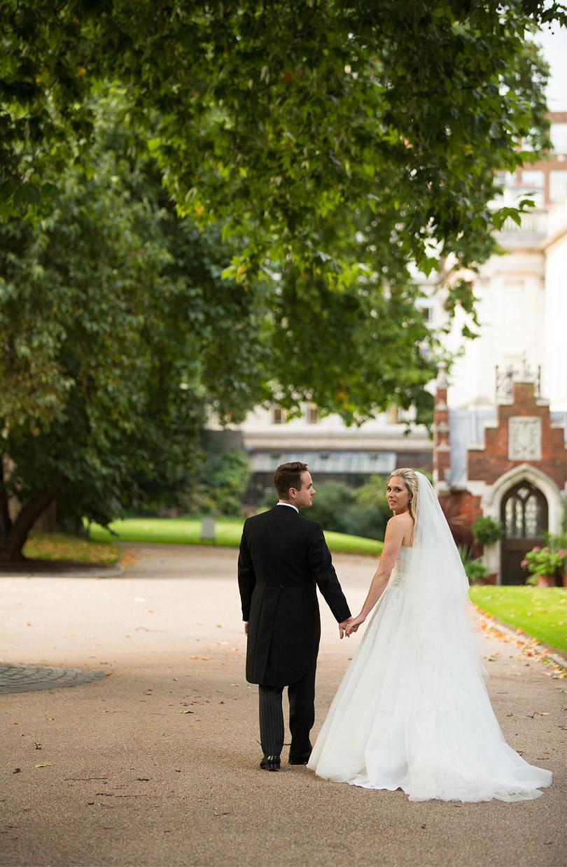 Brompton-Oratory-Lincolns-Inn-Wedding-RachelMax-022.jpg