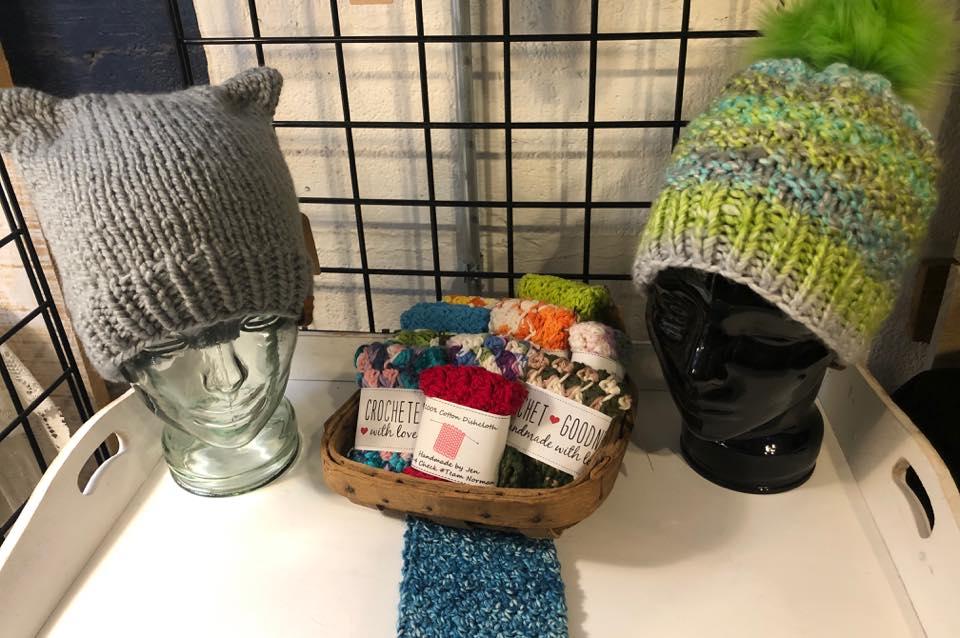 Jennifer Stotler (Knit & Crochet)