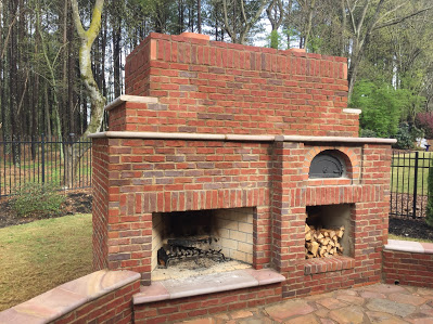 Fireplace & Pizza Oven