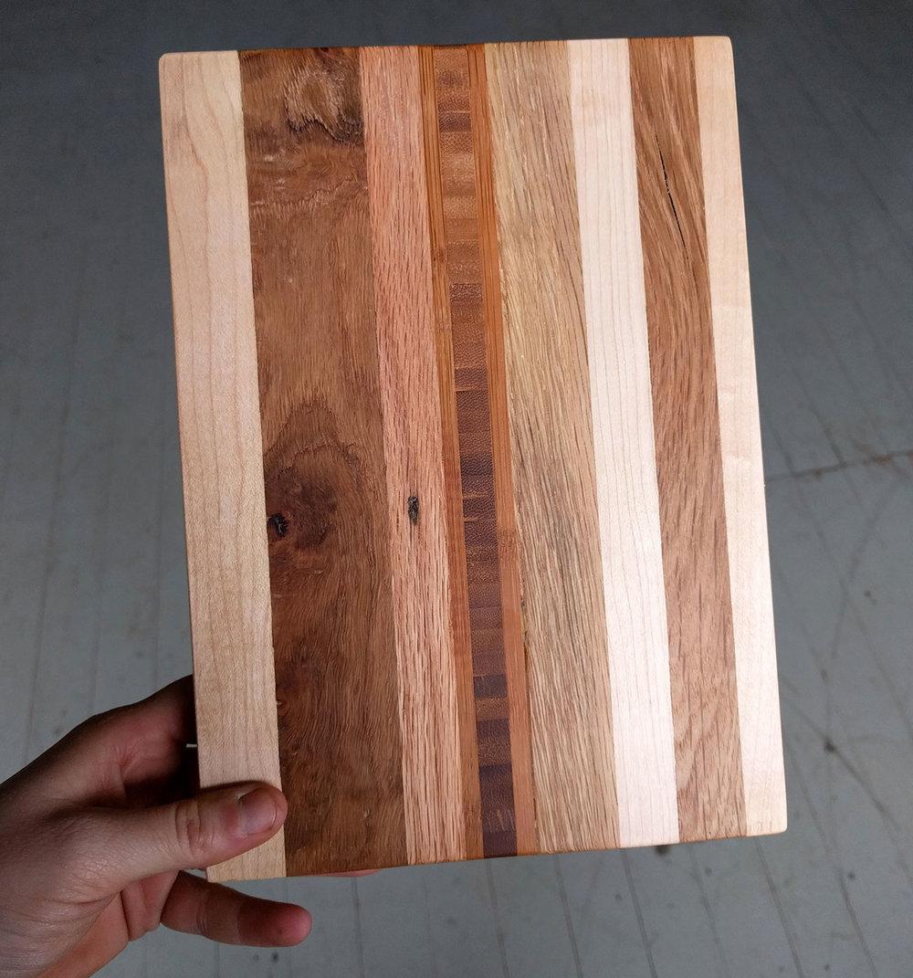 Hardwood-Remnant-Cutting-Board-1.jpg