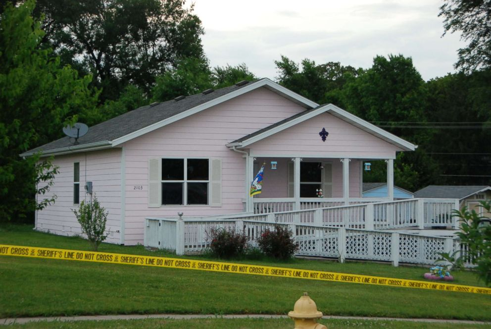 The home of Dee Dee and Gypsy closed off after the discovery of Dee Dee's body.