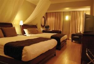 KIBO+PALACE+HOTEL+ROOM.jpg