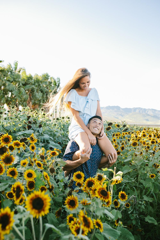 Oahu Hawaii Couples Photographer